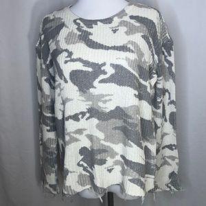 Generation Love Margot Camo sweater-Sz M
